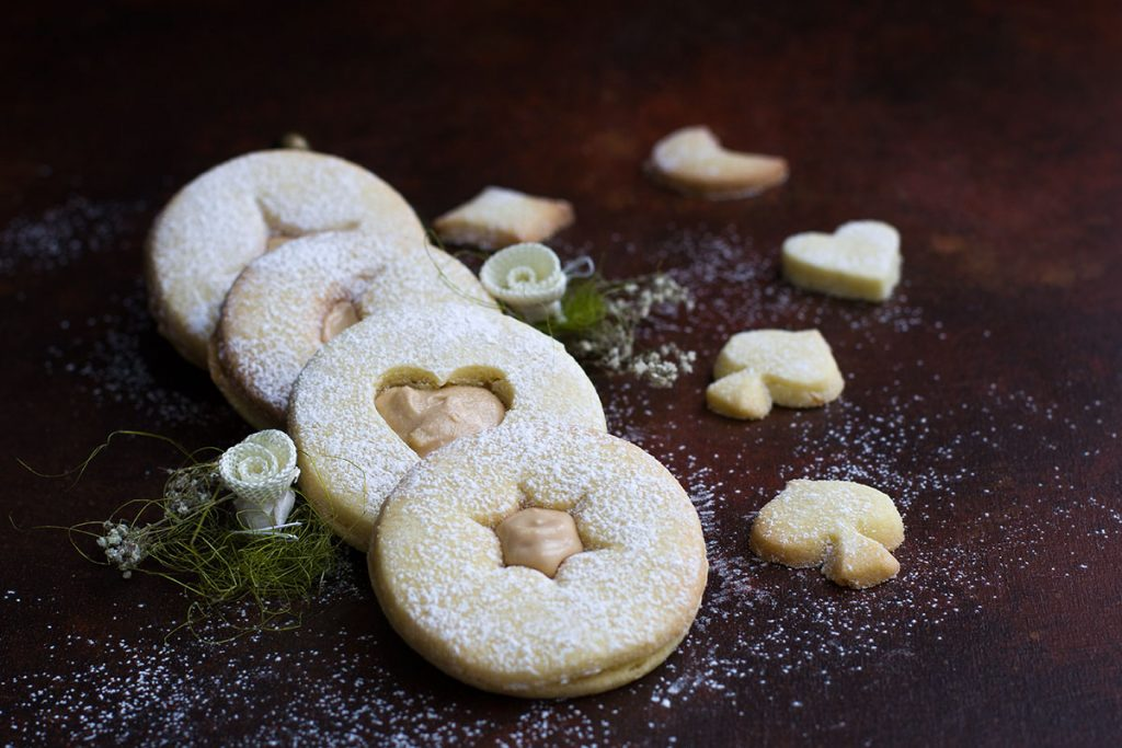 Dolci Da Credenza Iginio Massari : Crema mousse al cioccolato di iginio massari ricette