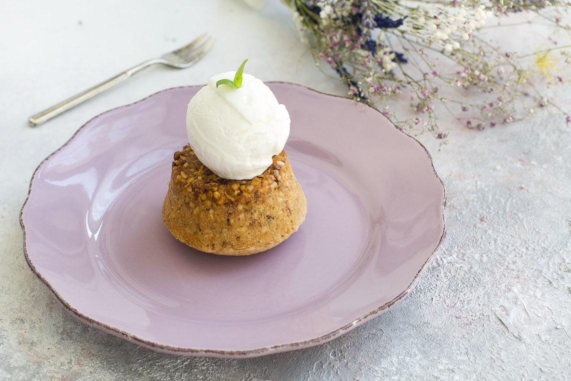 Dolci Da Credenza Biscotti Alle Nocciole : Tortino alle nocciole con gelato fiordipistacchio