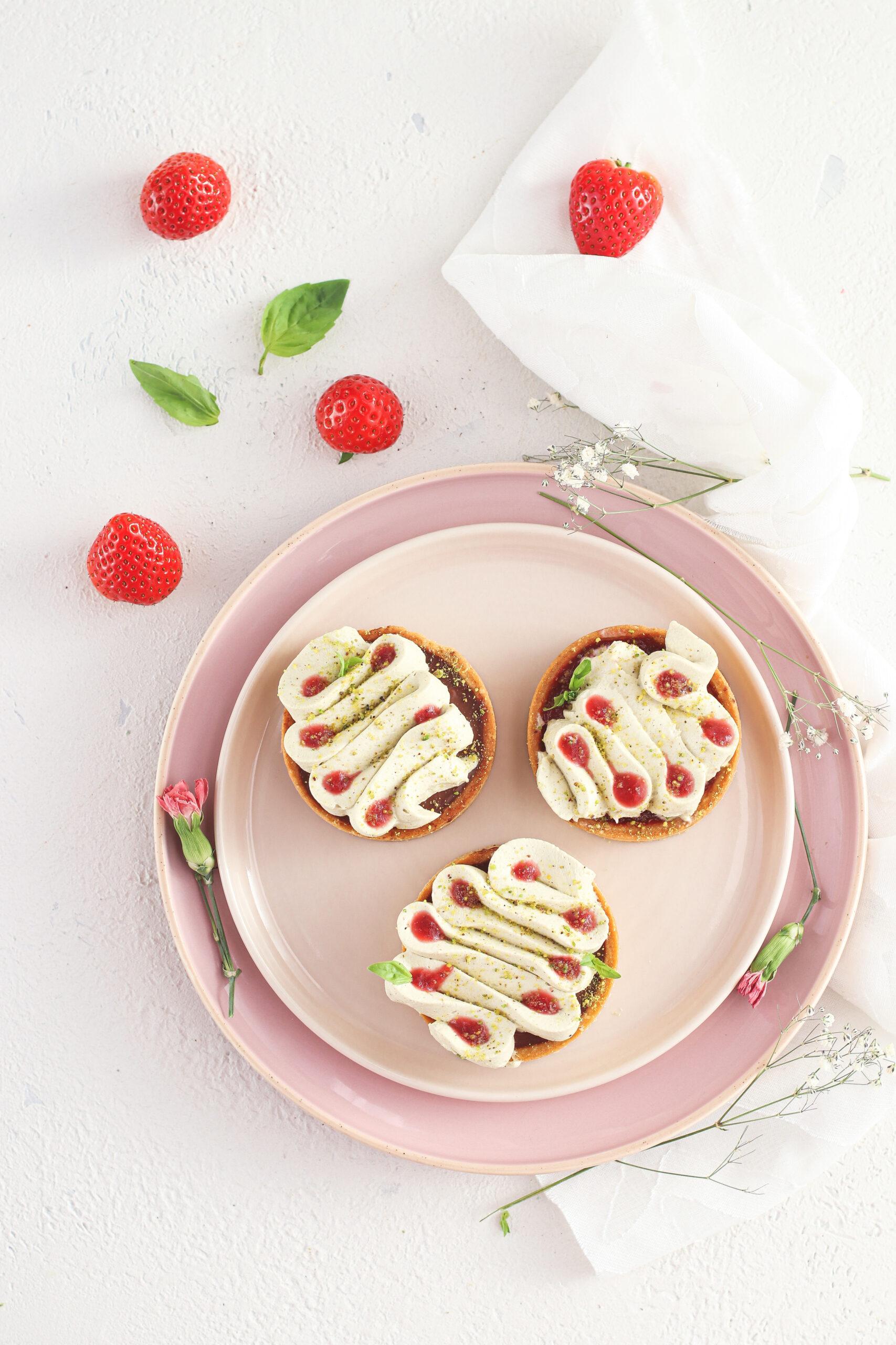 Tartellette fragole e pistacchio